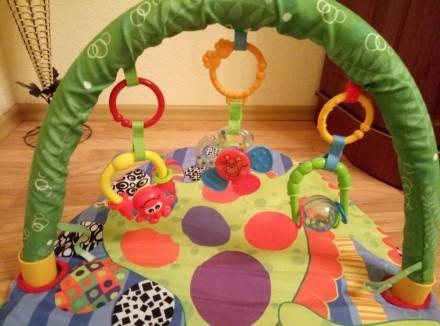 Подам развивающий детский коврик, который включает 3 игрушек. Могу переслать удо. Чернівці, Вінницька область. фото 3
