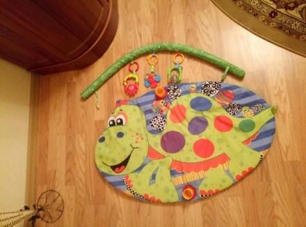 Подам развивающий детский коврик, который включает 3 игрушек. Могу переслать удо. Чернівці, Вінницька область. фото 5