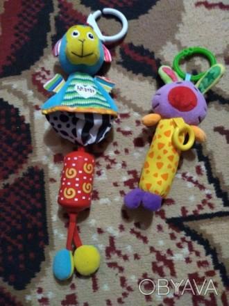 Продам две игрушки на коляску, пересылаю. Цена за две. Богодухів, Харківська область. фото 1