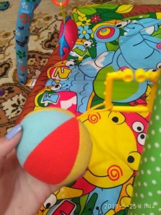 Коврик в идеальном состоянии , малыш игрался совсем недолго. Состоит из мягкого . Полтава, Полтавська область. фото 6
