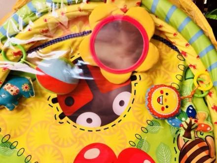 Детский коврик от 0+ с милыми звенящими и пищащими игрушками и безопасным зеркал. Николаев, Николаевская область. фото 3