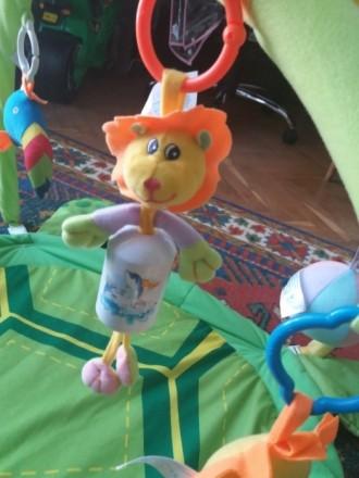 Продам наш развивающий коврик. Мой ребенок игрался с удовольствием, тянулся к яр. Київ, Київська область. фото 5