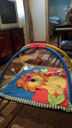 Продам красивый фирменный развивающий коврик с погремушками Canpol Babies ( Поль. Макіївка, Донецька область. фото 3