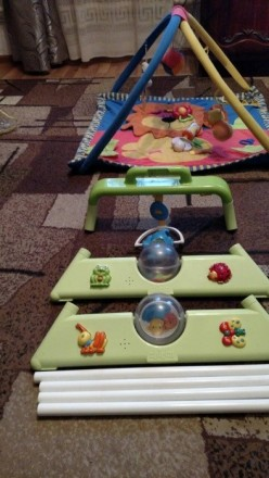 Продам красивый фирменный развивающий коврик с погремушками Canpol Babies ( Поль. Макіївка, Донецька область. фото 4