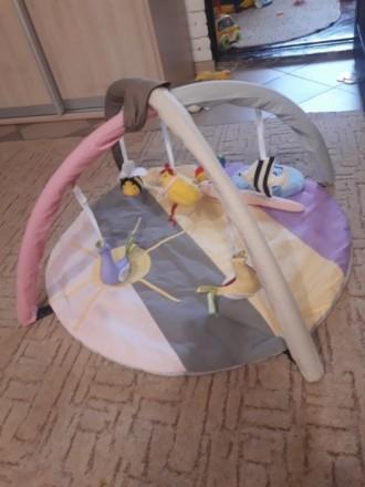 Коврик в отличном состоянии, пользовались мало, ребенок не хотел лежать, в основ. Черкаси, Черкаська область. фото 4