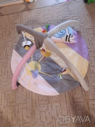 Коврик в отличном состоянии, пользовались мало, ребенок не хотел лежать, в основ. Черкаси, Черкаська область. фото 1