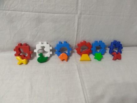 Пластмассовые фигурки, которые разбираются и собираются в единую фигуру. Ребенок. Запоріжжя, Запорізька область. фото 5