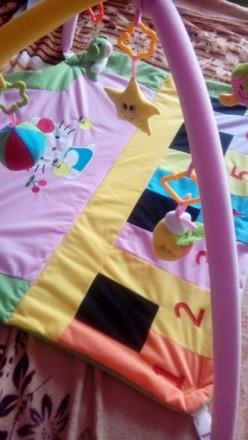 Развивающий игровой коврик с дугами, подвесными игрушками.Состояния хорошее. Дон. Донецк, Донецкая область. фото 4