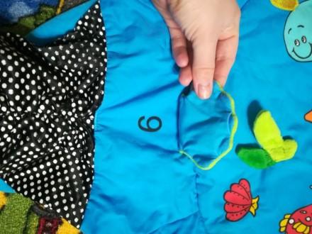 Продам детский развивающий коврик, шелестит, изображение рыбок и цыфер, помогает. Киев, Киевская область. фото 3