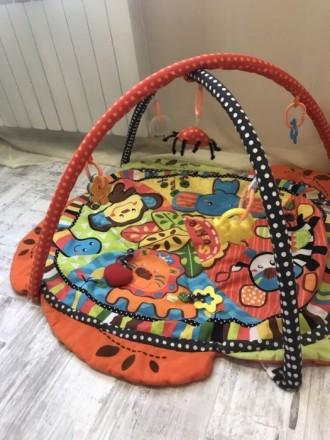 развивающий коврик . Детки его очень любят , мы играли до годика . Все издаёт ка. Дніпро, Дніпропетровська область. фото 3