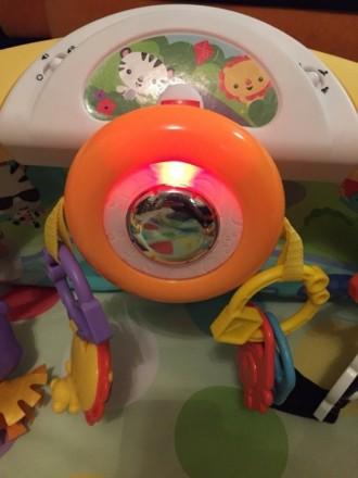 Детский коврик с крутящимся рулём, с подсветкой и музыкой) есть 3 положения ковр. Одеса, Одеська область. фото 5