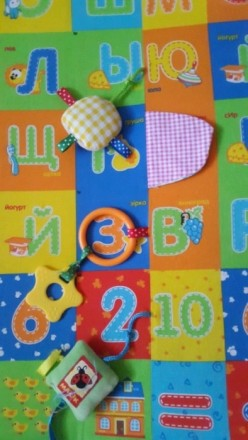 Продается развивающий коврик в идеале чистенький без пятен с грызунками и пищалк. Одеса, Одеська область. фото 4