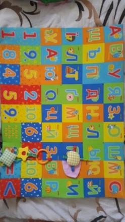 Продается развивающий коврик в идеале чистенький без пятен с грызунками и пищалк. Одеса, Одеська область. фото 3