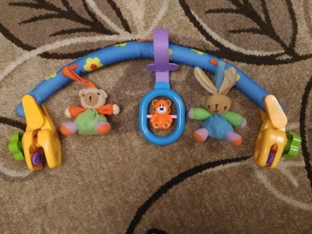 Продам растяжку-подвеску на кроватку/коляску, мягкая с игрушками, крепления плас. Мирноград (Димитров), Донецкая область. фото 4