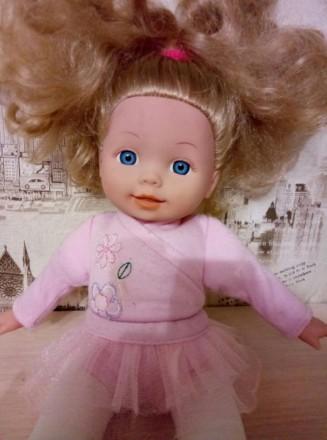 Красивая куколка с милым личиком,и красивыми густыми волосами.Нажимая на живот,з. Київ, Київська область. фото 3