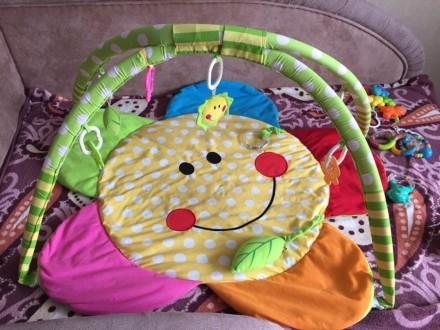 Развивающий коврик, удобный, можно подвешивать разные погремушки, игрушки, прода. Полтава, Полтавська область. фото 2