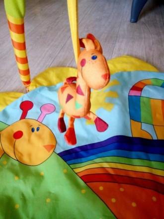 Отличный развивающий коврик, в очень хорошем состоянии, как новый, после одного . Київ, Київська область. фото 5