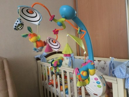 Мобиль в очень хорошем состоянии. Наш ребёнок игрался с 2х месяцев, добавляли ещ. Київ, Київська область. фото 3