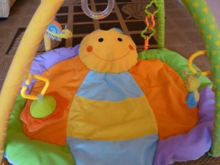 Коврик в виде бабочки для развития малышей, в комплекте погремушка, цветные коле. Суми, Сумська область. фото 3