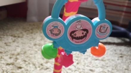 Продам яркий развивающий коврик, каждая игрушка имеет свое звучание, игрушки мен. Кременчук, Полтавська область. фото 6