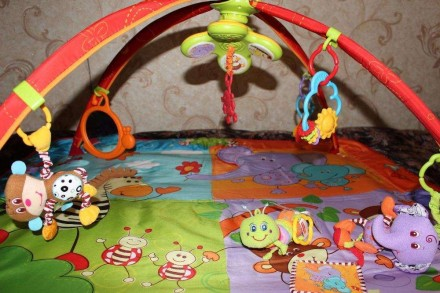 Развивающий коврик Разноцветное Сафари Tiny Love с музыкой и подсветкой. Состоян. Киев, Киевская область. фото 3