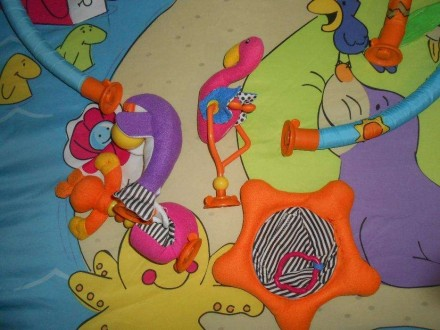 Коврик в хорошем состоянии. Из комплекта игрушек остались фламинго, морской краб. Маріуполь, Донецька область. фото 4