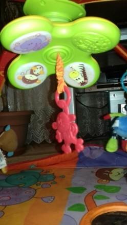 Развивающий коврик после одного ребёнка в отличном состоянии. Пять игрушек на ду. Київ, Київська область. фото 4