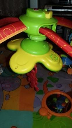 Развивающий коврик после одного ребёнка в отличном состоянии. Пять игрушек на ду. Київ, Київська область. фото 5