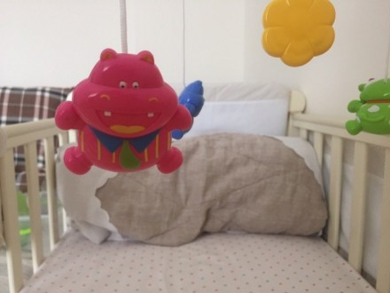 Мобиль в кроватку Canpol б/у в идеальном состоянии, бегемотики ( без упаковки). Херсон, Херсонская область. фото 4