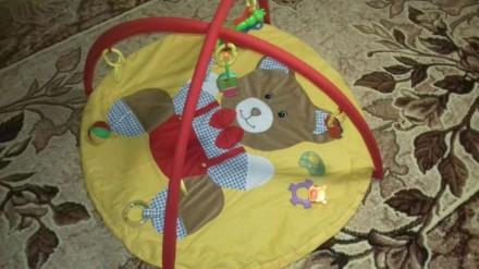 Продам коврик для малышей. Состояние очень хорошее, дефект только один - маленьк. Киев, Киевская область. фото 3