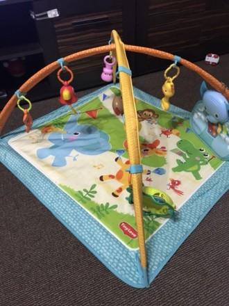 Продам развивающий коврик Tiny Love,в хорошем состоянии .Из игрушек на нем-проре. Харьков, Харьковская область. фото 2