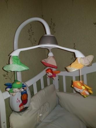 Мобиль на кроватку Chicco. Наша малышка глаз от игрушек не отводила. Состояние о. Каланчак, Херсонская область. фото 3