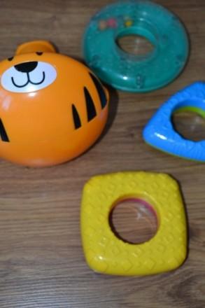 В хорошем состоянии Очень увлекательная игрушка, все элементы разных форм, цвето. Киев, Киевская область. фото 4