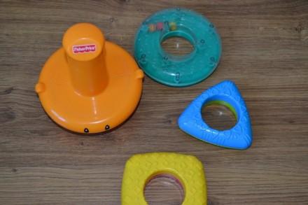 В хорошем состоянии Очень увлекательная игрушка, все элементы разных форм, цвето. Киев, Киевская область. фото 3
