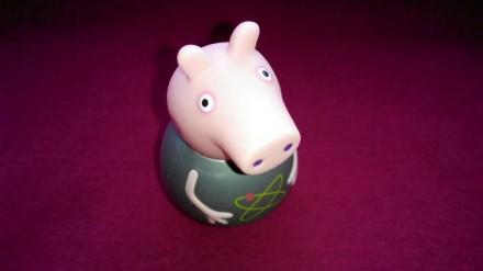 Свинка Пеппа игрушка неваляшка. Peppa Pig от компании Hasbro. Размер 6 см. Made . Александрия, Кировоградская область. фото 2