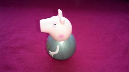Свинка Пеппа игрушка неваляшка. Peppa Pig от компании Hasbro. Размер 6 см. Made . Александрия, Кировоградская область. фото 5