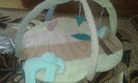 Продам развивающий коврик для ребенка, сверху мягкие игрушки, но можно вешать лю. Дубно, Рівненська область. фото 2