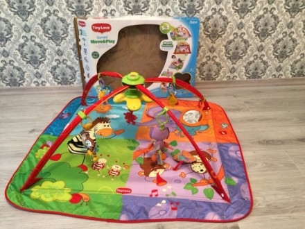 Развивающий коврик. Очень яркий и увлекательный для малыша!! Все игрушки целые и. Ирпень, Киевская область. фото 3