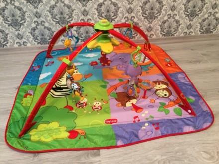 Развивающий коврик. Очень яркий и увлекательный для малыша!! Все игрушки целые и. Ирпень, Киевская область. фото 2