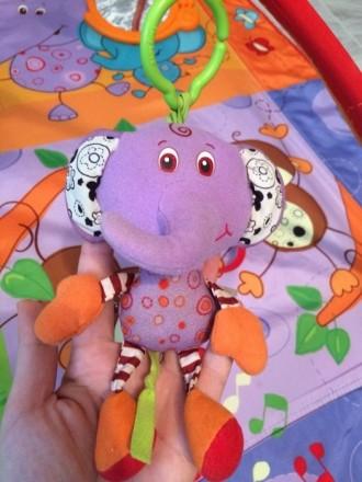 Развивающий коврик. Очень яркий и увлекательный для малыша!! Все игрушки целые и. Ирпень, Киевская область. фото 5