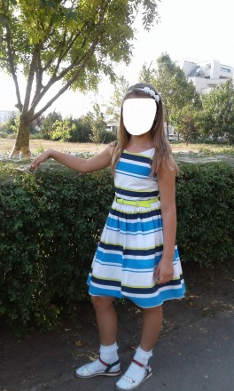 Продам стильное нарядное платье Next р.134 б/у в отличном состоянии. Платье полн. Южный, Одесская область. фото 2