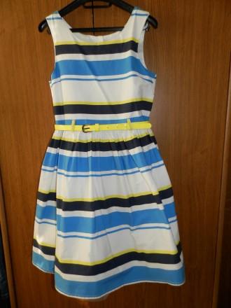 Продам стильное нарядное платье Next р.134 б/у в отличном состоянии. Платье полн. Южный, Одесская область. фото 3