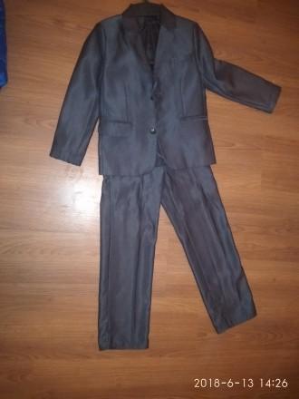 Продам школьную форму на мальчика на рост 122-128.На штанах маленькая дырочка.По. Дніпро, Дніпропетровська область. фото 3