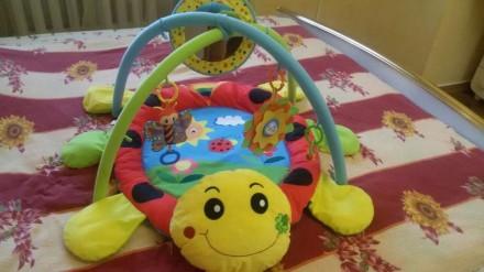 Игровой коврик для детей от 0 и старше ,состояние идеальное пользовались только . Краматорськ, Донецька область. фото 2