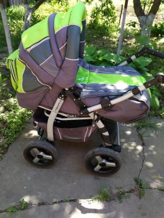 Детская коляска,зима -лето,в хорошем состоянииЦвет яркий не выгоревший.Колеса не. Запоріжжя, Запорізька область. фото 2
