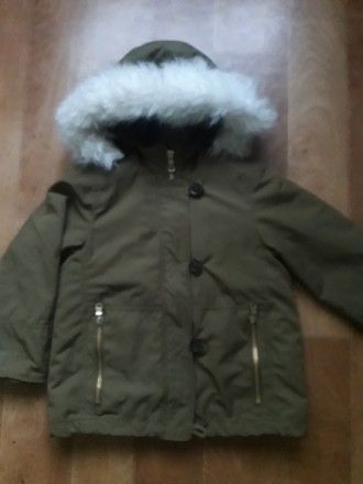 Куртка парка в отличном состоянии. Мех внутри и на капюшоне отстегивается.. Кременчуг, Полтавская область. фото 2