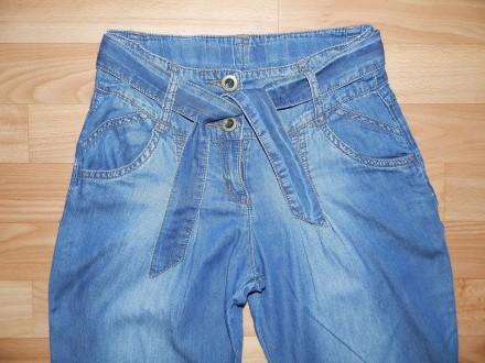 Продам классные джинсы ( из облегчённого джинса) типа бананы или чиносы, с пояск. Южный, Одесская область. фото 3