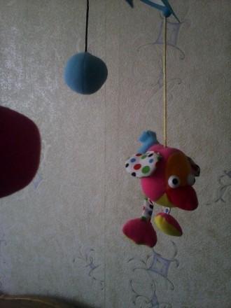Мобиль на кроватку Biba Toys, мягкие птички с мячиками, спокойная мелодия, враща. Кременчук, Полтавська область. фото 4