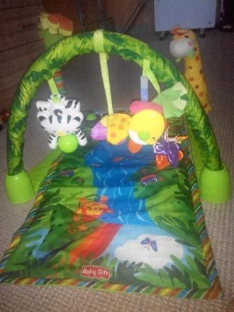 """Продам развивающий детский коврик """"Джунгли"""" , 6м + музыкальный две игрушки, рыбк. Каменское, Днепропетровская область. фото 2"""