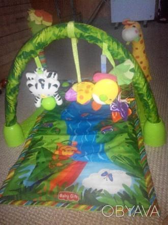 """Продам развивающий детский коврик """"Джунгли"""" , 6м + музыкальный две игрушки, рыбк. Каменское, Днепропетровская область. фото 1"""